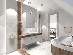 Łazienka w stylu skandynawskim - projekt - Średnia brązowa szara łazienka na poddaszu w domu jednorodzinnym z oknem, styl skandynawski - zdjęcie od MKsmartstudio