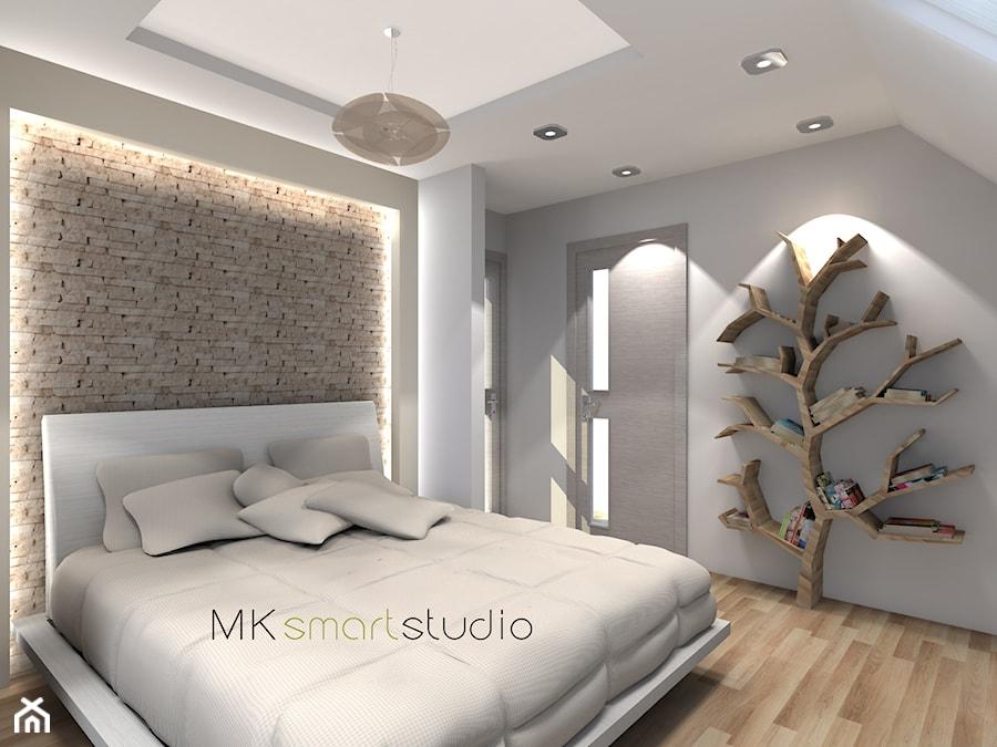 Sypialnia w stylu skandynawskim - Średnia biała szara sypialnia małżeńska, styl skandynawski - zdjęcie od MKsmartstudio