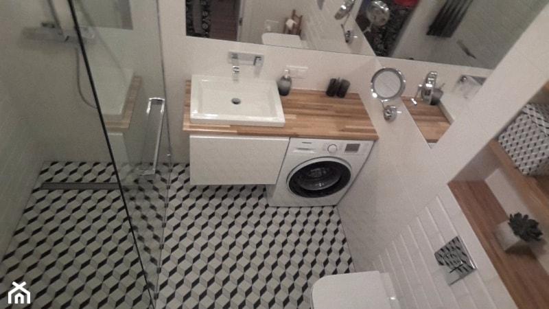 #malalazienka - Mała biała łazienka na poddaszu w bloku w domu jednorodzinnym bez okna - zdjęcie od kasia-tkaczyk 2