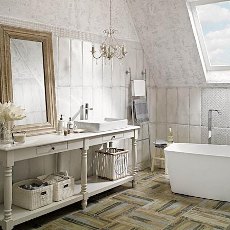 biała łazienka - pomysły, inspiracje z homebook