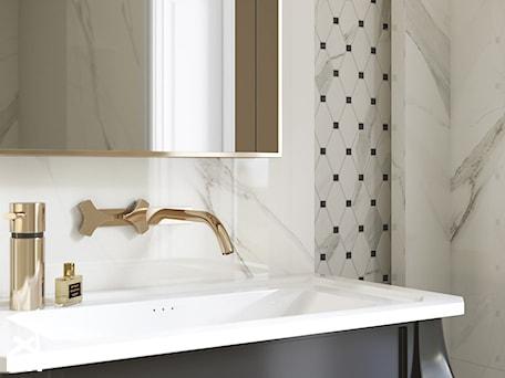 Aranżacje wnętrz - Łazienka: Calacatta - Mała szara łazienka w bloku w domu jednorodzinnym bez okna, styl glamour - Ceramika Paradyż. Przeglądaj, dodawaj i zapisuj najlepsze zdjęcia, pomysły i inspiracje designerskie. W bazie mamy już prawie milion fotografii!