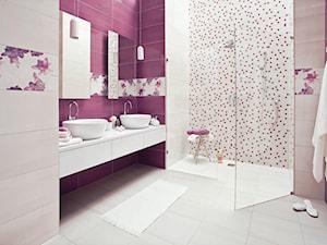 luciola-luci - Średnia biała fioletowa łazienka w domu jednorodzinnym jako salon kąpielowy bez okna, styl nowoczesny - zdjęcie od Ceramika Paradyż