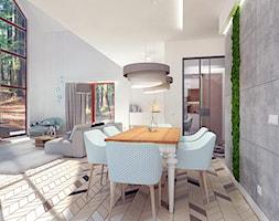 DOM W LESIE - Średnia otwarta beżowa jadalnia w kuchni w salonie, styl prowansalski - zdjęcie od WNĘTRZOMANIA