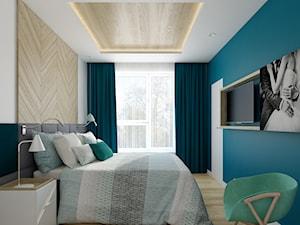 Wilanów - 100m2 - Średnia turkusowa sypialnia małżeńska z balkonem / tarasem, styl skandynawski - zdjęcie od TutajConcept