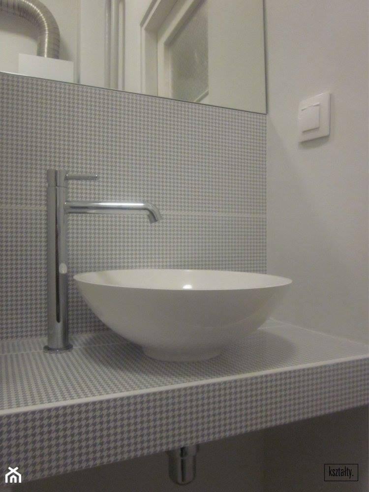 Łazienka z pepitką - zdjęcie od Pracownia KSZTAŁTY - Homebook