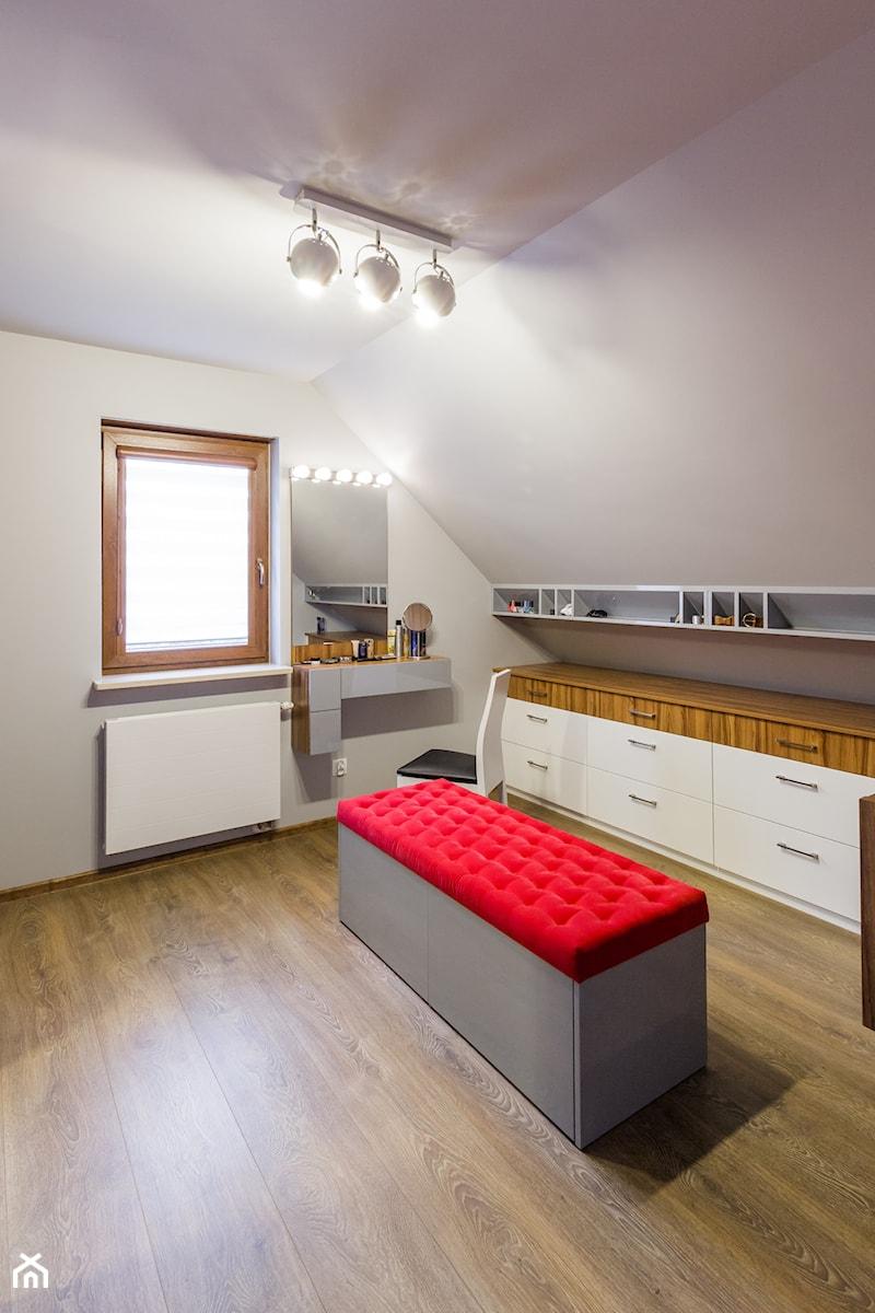 Garderoba - Dom Bieliny - zdjęcie od Pracownia_A