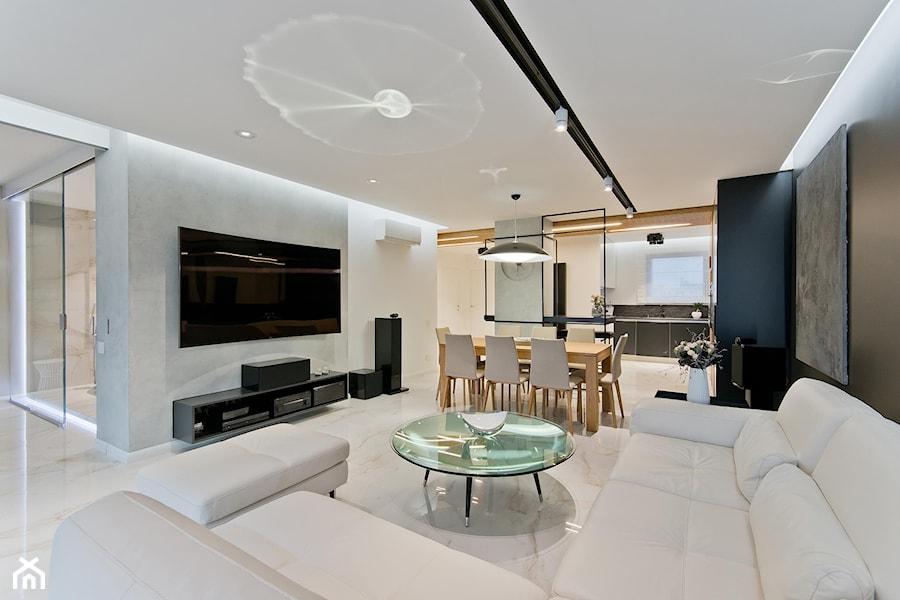 REALIZACJA GDAŃSK - Duży biały czarny salon z jadalnią, styl nowoczesny - zdjęcie od Studio Estima Sopot