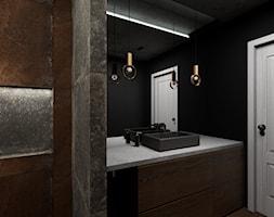 Mieszkanie inspirowane stylem industrialnym - Mała czarna brązowa łazienka w bloku w domu jednorodzinnym bez okna, styl industrialny - zdjęcie od Archikąty - Homebook