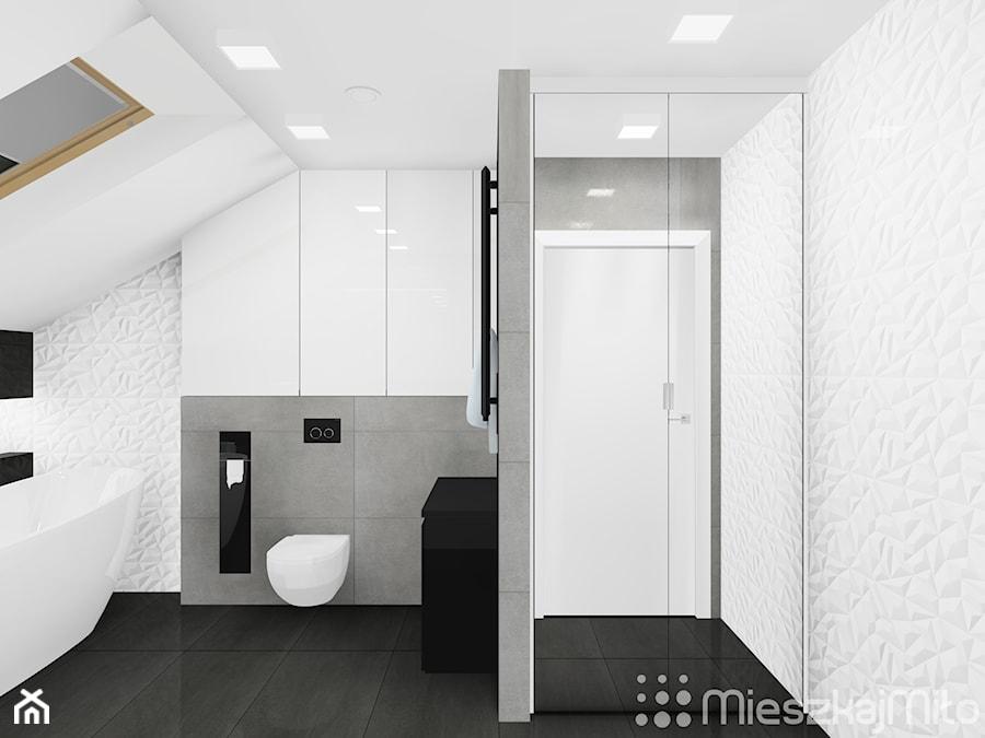 """Aranżacje wnętrz - Łazienka: Aranżacja łazienki ze skośnym sufitem - Pracownia Projektowania Wnętrz """"Mieszkaj Miło"""". Przeglądaj, dodawaj i zapisuj najlepsze zdjęcia, pomysły i inspiracje designerskie. W bazie mamy już prawie milion fotografii!"""