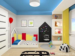 """Kolorowy pokój chłopca - zdjęcie od Pracownia Projektowania Wnętrz """"Mieszkaj Miło"""""""