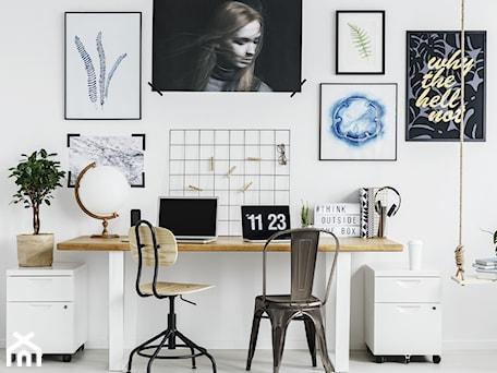 Aranżacje wnętrz - Biuro: Krzesło metalowe Paris - DKwadrat. Przeglądaj, dodawaj i zapisuj najlepsze zdjęcia, pomysły i inspiracje designerskie. W bazie mamy już prawie milion fotografii!