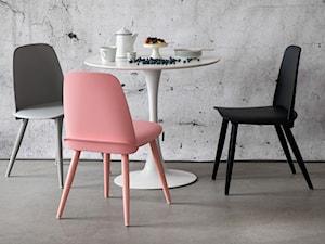 Krzesła do salonu - przygląd najciekawszych projektów