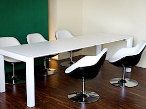 Chwytaj kawałki nowoczesnego design'u - Fotel Pezzo