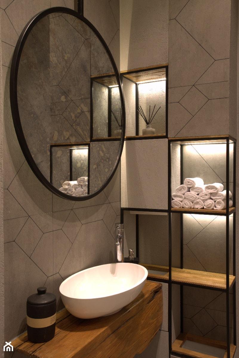 Lustro postarzane w stalowej ramie - zdjęcie od Szklarz Glass Decorator Nowoczesne Szkło dla Architektury
