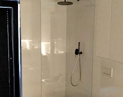 Kabina+Walk+In+-+zdj%C4%99cie+od+Szklarz+Glass+Decorator+Nowoczesne+Szk%C5%82o+dla+Architektury