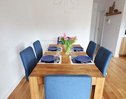 Dom jednorodzinny akw - Średnia otwarta biała jadalnia jako osobne pomieszczenie, styl skandynawski - zdjęcie od SZALBIERZ.DESIGN