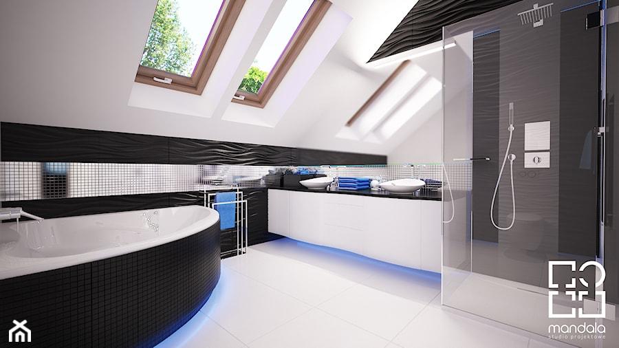 Łazienka na poddaszu w 340m2 domu pod Ostrołęką - zdjęcie od studio_projektowe_mandala