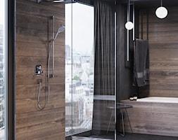 KLUDI AMEO - Mała czarna łazienka na poddaszu w bloku w domu jednorodzinnym z oknem, styl industrialny - zdjęcie od KLUDI