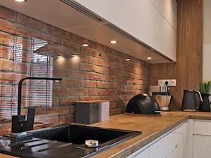 Industrialna nuta - Średnia kuchnia w kształcie litery l, styl skandynawski - zdjęcie od Studio Uljar