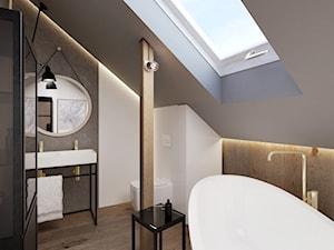 ŁAZIENKA NA PODDASZU - Duża biała beżowa szara łazienka na poddaszu w domu jednorodzinnym z oknem, styl industrialny - zdjęcie od squat architekci