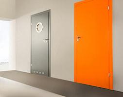 Drzwi wewnętrzne - Średni biały hol / przedpokój - zdjęcie od POL-SKONE