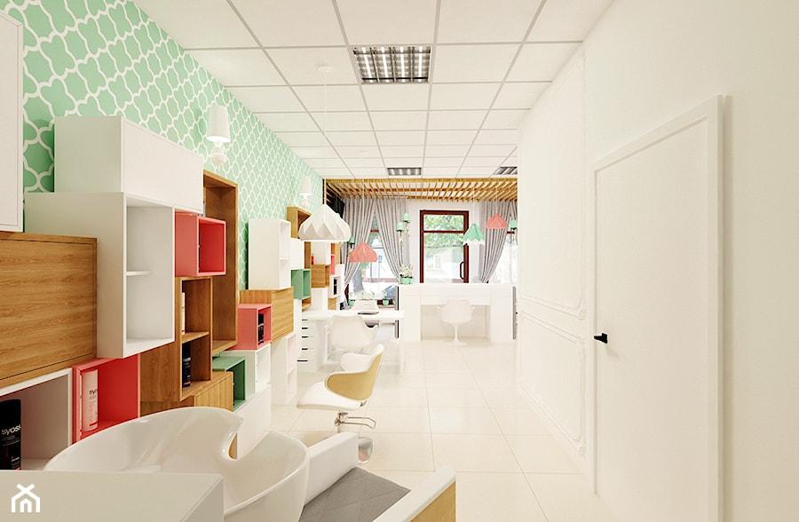 Aranżacje wnętrz - Biuro: 69 m² w Skierniewicach - Duże zielone białe biuro domowe kącik do pracy - Piec Piąty. Przeglądaj, dodawaj i zapisuj najlepsze zdjęcia, pomysły i inspiracje designerskie. W bazie mamy już prawie milion fotografii!