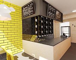 20 m² w Opolu - Średnia zamknięta żółta kuchnia w kształcie litery u z oknem - zdjęcie od Piec Piąty