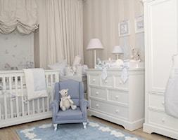 Mały beżowy pokój dziecka dla chłopca dla dziewczynki dla niemowlaka, styl klasyczny - zdjęcie od Caramella