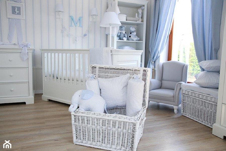 Aranżacje wnętrz - Pokój dziecka: Ponadczasowy błękit - Caramella. Przeglądaj, dodawaj i zapisuj najlepsze zdjęcia, pomysły i inspiracje designerskie. W bazie mamy już prawie milion fotografii!