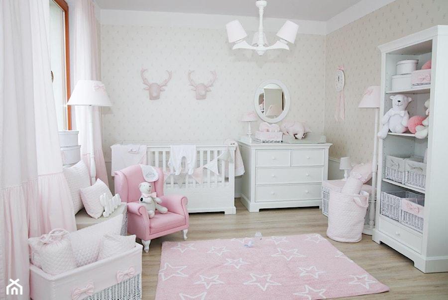 9df176aef80514 Klasyczny róż w pokoju dziewczynki - Ideabook użytkownika Caramella ...