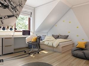 DbGr_01 wersja 2 - Średni biały beżowy niebieski pokój dziecka dla ucznia dla nastolatka, styl nowoczesny - zdjęcie od InSign Aranżacje i projekty wnętrz