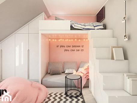 Aranżacje wnętrz - Pokój dziecka: Cz_01 pokój starszej siostry - Średni szary różowy pokój dziecka dla dziewczynki dla malucha dla nastolatka, styl nowoczesny - InSign Aranżacje i projekty wnętrz. Przeglądaj, dodawaj i zapisuj najlepsze zdjęcia, pomysły i inspiracje designerskie. W bazie mamy już prawie milion fotografii!