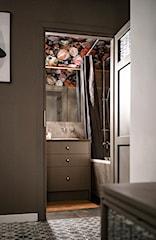 Mała łazienka 2 m² – jak ją urządzić? 7 sprawdzonych pomysłów