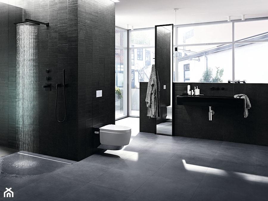 Geberit CleanLine - Duża łazienka w bloku w domu jednorodzinnym jako salon kąpielowy z oknem, styl nowoczesny - zdjęcie od Geberit