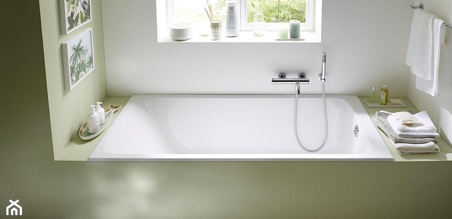 Łazienka idealna na jesienne wieczory – jak urządzić komfortowe wnętrze?