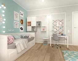 POKÓJ DZIECIĘCY W STYLU SKANDYNAWSKIM - Średni biały szary miętowy pokój dziecka dla dziewczynki dla ... - zdjęcie od MOTIF - Homebook