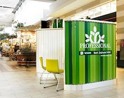 Stoisko Professional - Wnętrza publiczne - zdjęcie od musk collective design