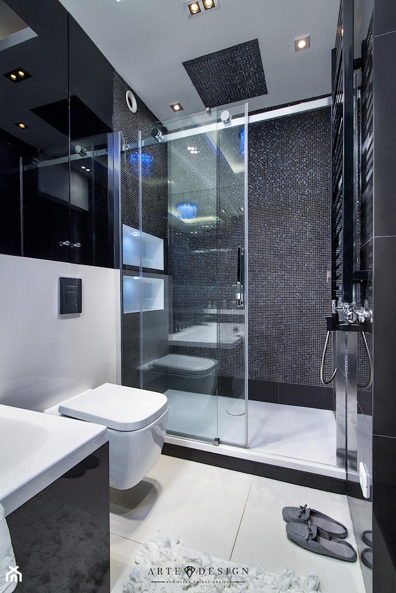 Apartament w Gdańsku - Mała łazienka w bloku w domu jednorodzinnym bez okna, styl nowoczesny - zdjęcie od Arte Dizain