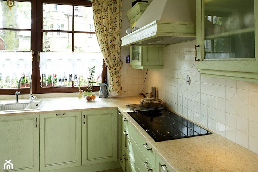 kuchnie prowansalskie - Kuchnia, styl prowansalski - zdjęcie od INNA-Manufaktura Wnętrz