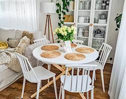 Okrągły stół - zdjęcie od Selsey.pl - Homebook