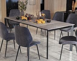Jadalnia z rozkładanym stołem z blatem betonowym Kayko SELSEY - zdjęcie od Selsey.pl - Homebook