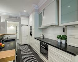 Elegancja na Powiślu - Średnia zamknięta szara kuchnia w kształcie litery l, styl prowansalski - zdjęcie od EG projekt