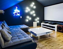 Lekkość Prowansji - Średnie czarne biuro domowe na poddaszu, styl nowoczesny - zdjęcie od EG projekt