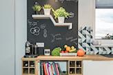 farba kredowa na ścianie kuchennej