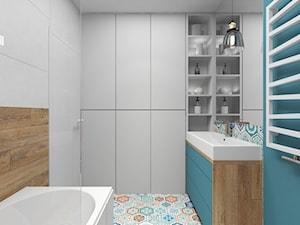 Łazienka - Mała biała niebieska łazienka w bloku w domu jednorodzinnym bez okna, styl nowoczesny - zdjęcie od Joanna Kłusak Architekt