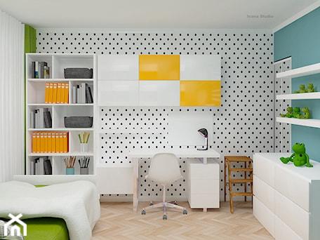 pokój dziecka - Średni biały turkusowy czarny pokój dziecka dla chłopca dla dziewczynki dla ucznia dla nastolatka, styl nowoczesny - zdjęcie od Icona Studio