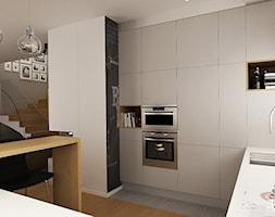 Dom+czerwonymi+oknami+-+zdj%C4%99cie+od+Femberg+Architektura+Wn%C4%99trz