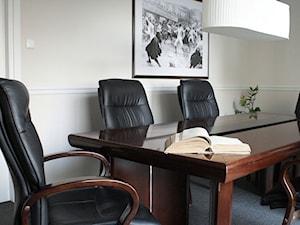 Kancelaria na Mokotowie - sala konferencyjna - zdjęcie od LUSH Design