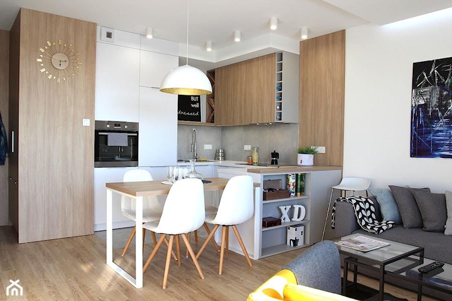 Nowoczesne Mieszkanie W Apartamentowcu Biel I Szarość