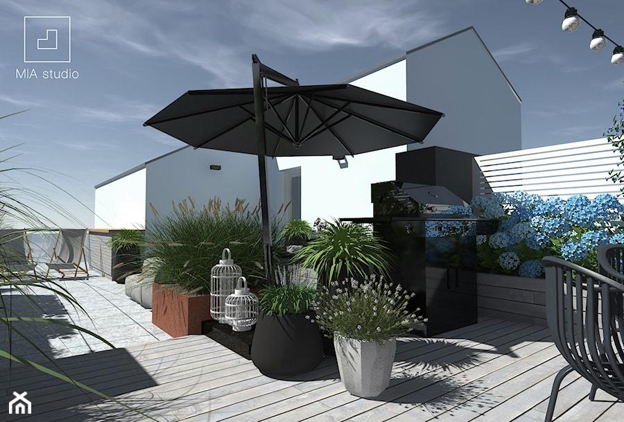 Aranżacje wnętrz - Taras: Taras na dachu - Średni taras na dachu, styl prowansalski - MIA studio. Przeglądaj, dodawaj i zapisuj najlepsze zdjęcia, pomysły i inspiracje designerskie. W bazie mamy już prawie milion fotografii!